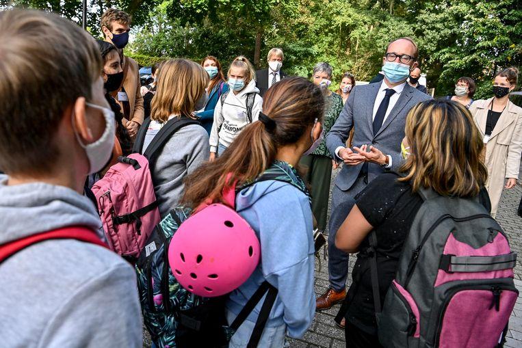 Onderwijsminister Ben Weyts op bezoek in het secundair. Beeld BELGA
