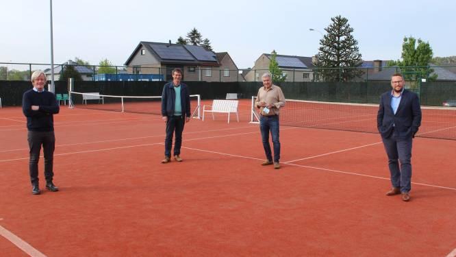Na vier jaar wachten: twee achterste tennisvelden aan sportcentrum Zomergem krijgen overkapping