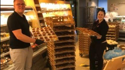Team AD Delhaize laat rusthuisbewoners smullen van koffiekoeken