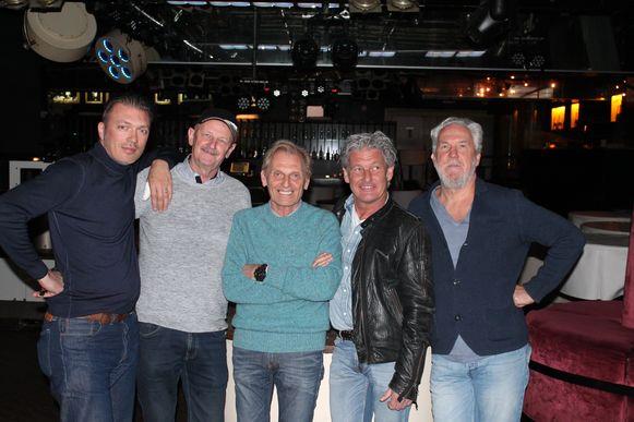 Ben Mouling, deejay Joe Aerts, Idi Desmet, Wim Van Ouytsel en Luc Van Den Broeck in La Rocca. Dit vijftal heeft alvast veel zin in een nostalgisch uitgaansavondje.