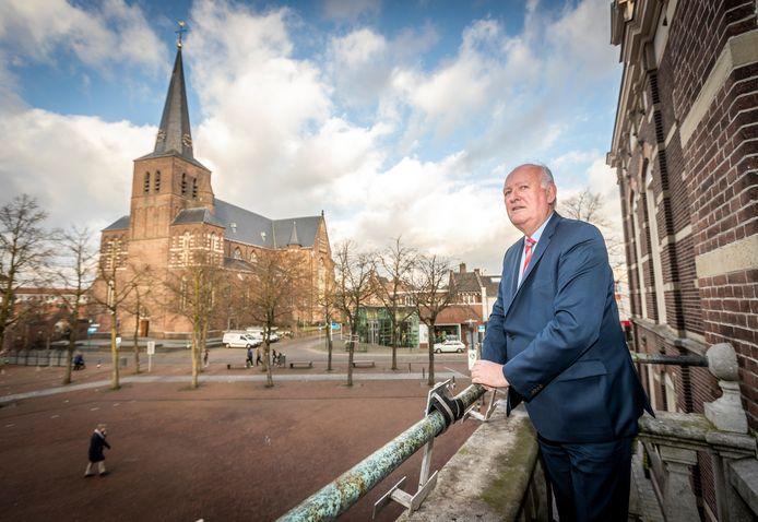 Burgemeester Hiko Mak neemt afscheid als burgemeester van Deurne.