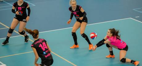 Twee sets voorsprong niet genoeg voor volleybalsters FAST