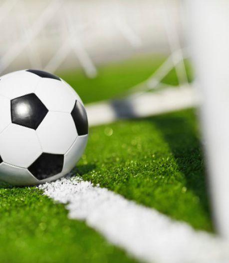 Trainer Joey Verhoeven stopt per direct bij RFC wegens 'gebrek aan vertrouwen en motivatie van aantal spelers'