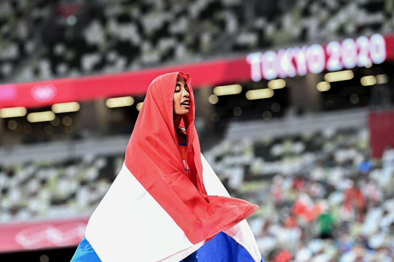 Sifan Hassan na haar winst op de 5000 meter in Tokio. Beeld AFP