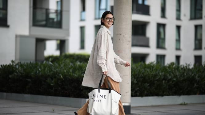 Wijde broeken, nonchalante sneakers en losse jurken: comfort is dé modetrend van het jaar