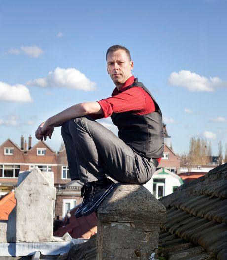 Schrijver Benny Lindelauf uit Rotterdam wint prijs voor mooiste kinderboek van het jaar