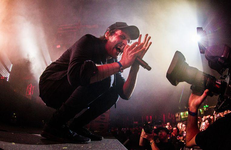 Eloi Youssef tijdens een concert van Kensington. 'We proberen ondanks de grootte van de Arena toch intimiteit te creëren.' Beeld ANP Kippa