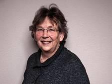 Aleid van den Brink geëerd voor werk in vrouwenopvang