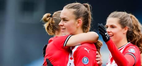 PSV loopt dankzij Romée Leuchter in op Ajax