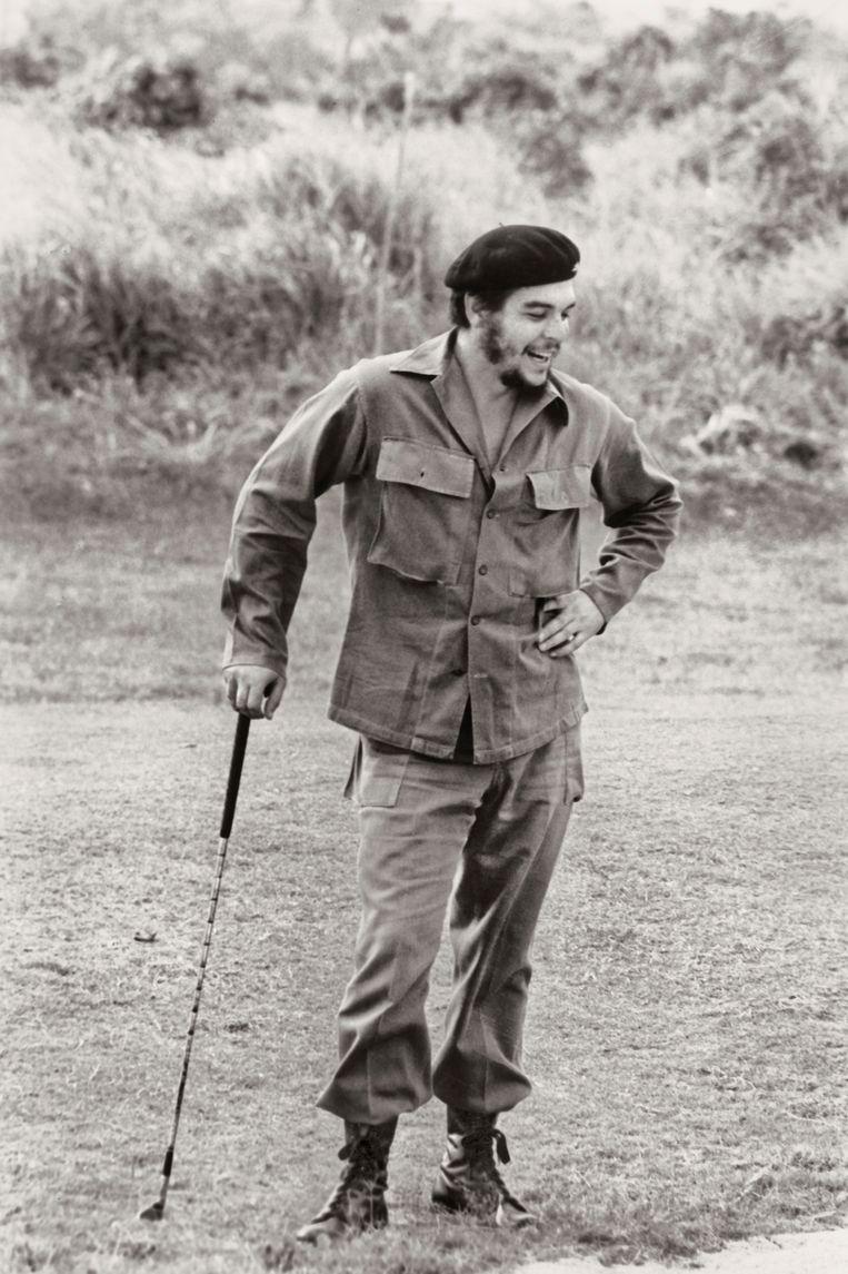Che Guevara met golfclub. Beeld Korda Estate