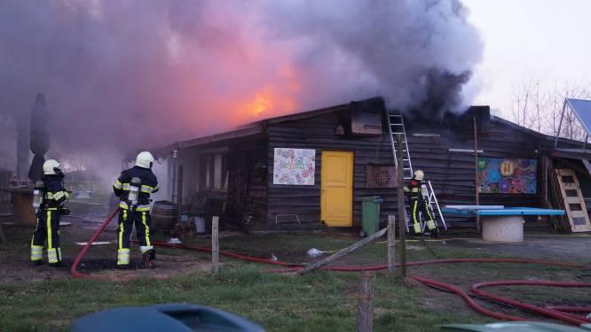 Brand op zorgboerderij in Vlijmen: 'Dit is bijna niet uit te leggen aan de kinderen'