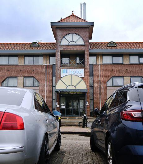 Corona-uitbraak in arbeidsmigrantenhotel Moerdijk: 'Aantal mensen deelde joints met elkaar'