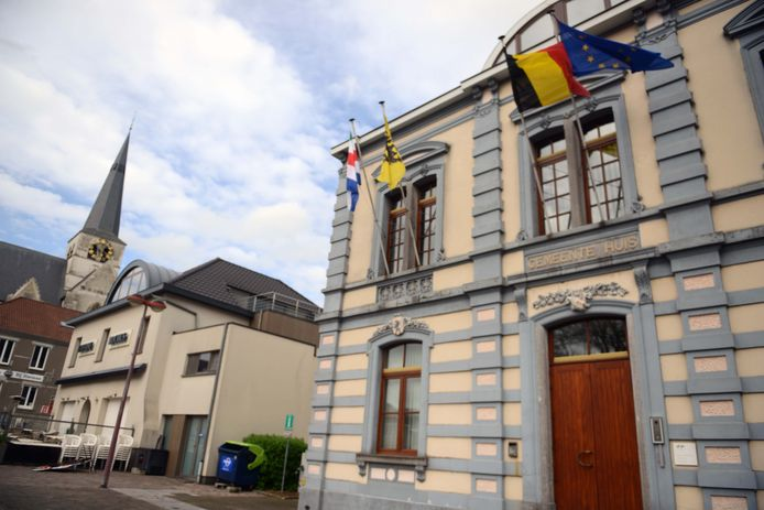 Illustratie centrum Huldenberg met het gemeentehuis.
