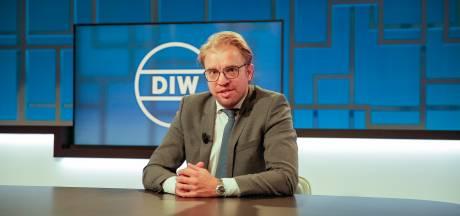 Vlaamse regering boos op Jan Jaap na opmerking over zwarte vrouw: 'Schandelijk'