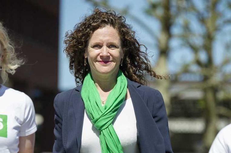 Sophie in 't Veld, D66-lijsttrekker voor de Europese verkiezingen, voert campagne bij de Haagse Hogeschool. Beeld anp