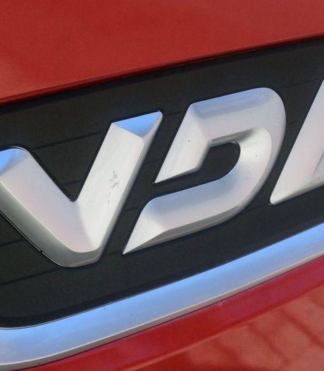 VDL legt productie bussen in Valkenswaard en België stil