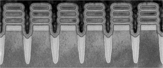 IBM's 2-nanometertransistors bekeken door een microscoop.