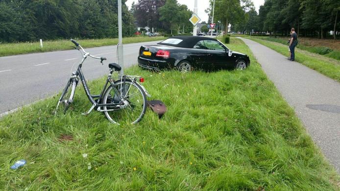 Aanrijding fietser door auto op Tatelaarweg in Didam