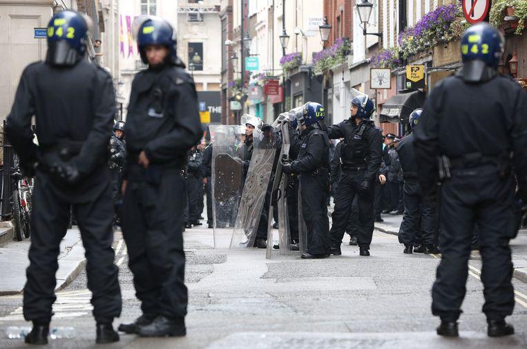 Oproerpolitie in Londen.