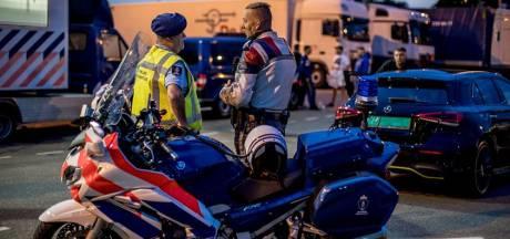 Dertien vreemdelingen springen uit vrachtwagen op A4 bij Ossendrecht: chauffeur (64) aangehouden