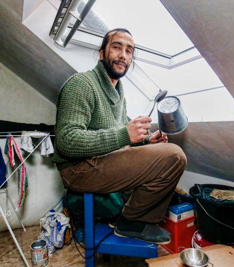 Drie dikke boetes én een paar uur cel, maar Jorge blijft elke avond op een pan trommelen tegen de avondklok