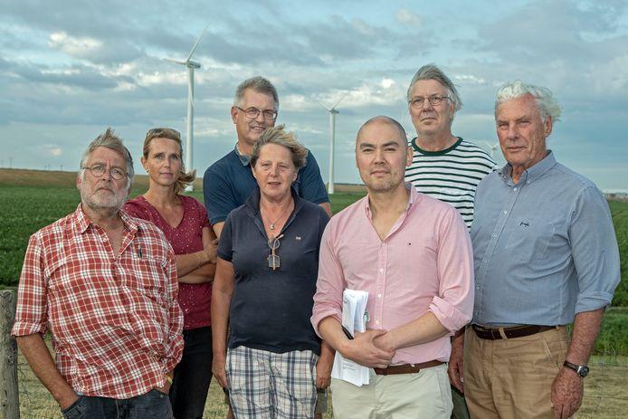 Het comité tegen de windmolensin Dinteloord