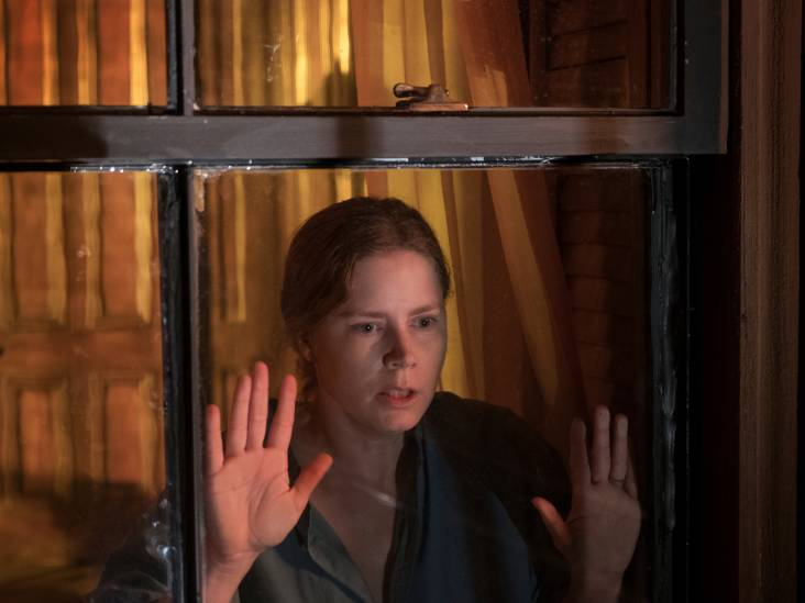 Drie sterren voor vermakelijk mislukte Netflix-thriller The Woman in the Window