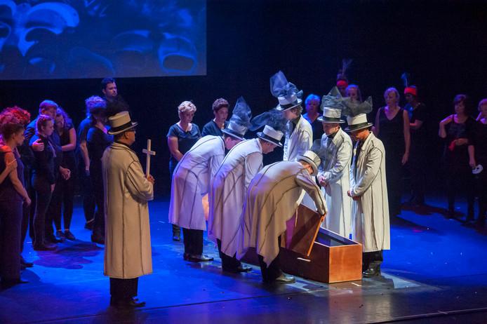 In juni 2017 stond Casino de Musical in het Theater op de Parade, een afscheidsvoorstelling voor het pand. Inmiddels worden ook komend seizoen echter alle zalen gebruikt