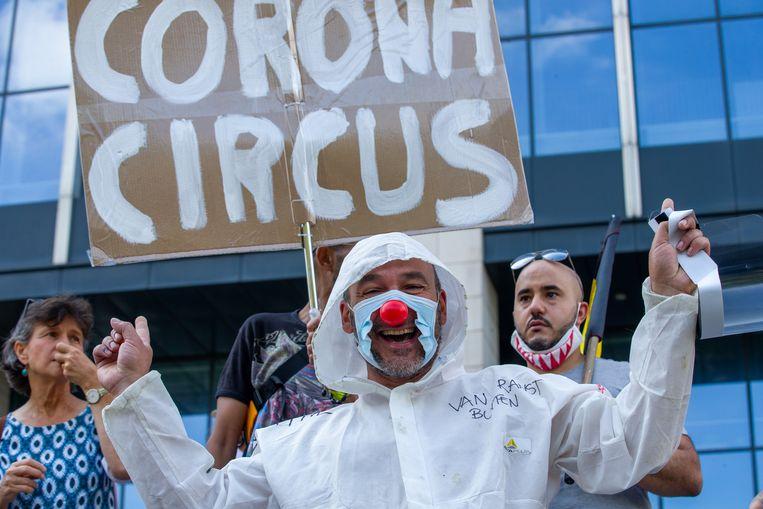 In augustus 2020 organiseerde de vzw Viruswaanzin een protestactie in Brussel. Beeld BELGA