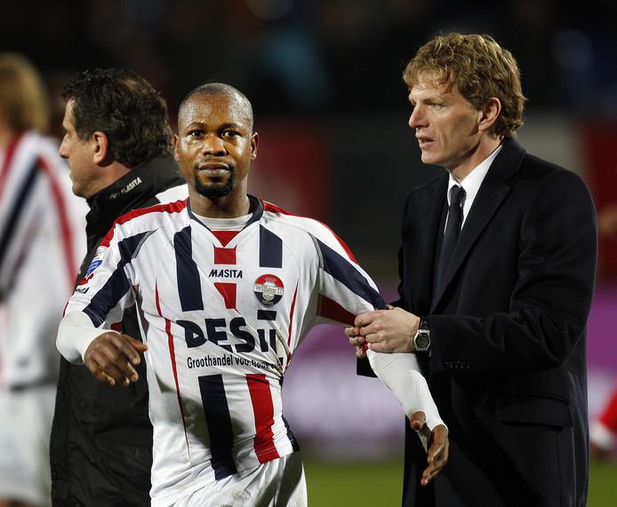 Ibrahim Kargbo met Alfons Groenendijk als trainer van Willem II in 2009.