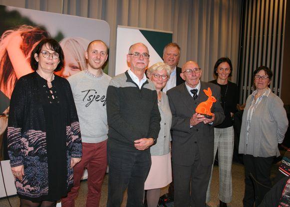 CD&V zet de Kruisgilde van Eksaarde in de bloemetjes met de 'Oranje Haas'.