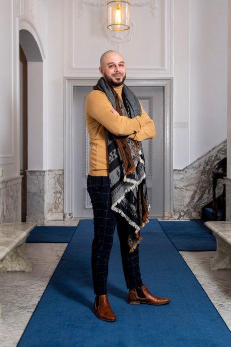 Raadslid Youssef (GL) bedolven onder racistische haatberichten: 'Rifaap, geitenneuker'