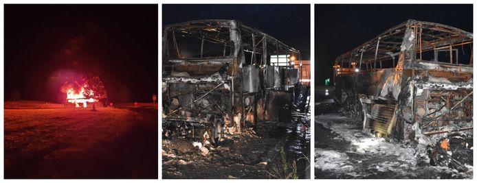 Na de evacuatie kon een inzittende de brandende bus fotograferen.   De autocar is helemaal uitgebrand.