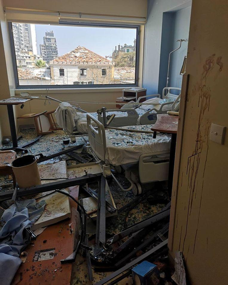 Een pakkend beeld uit het Al Roum ziekenhuis na de explosie.