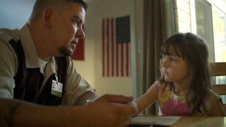 Still uit de documentaire Of Men and War Beeld Alice Films