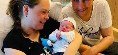Reinier de Graaf Ziekenhuis zet moeders in het zonnetje: zoontje Donny geboren op Moederdag