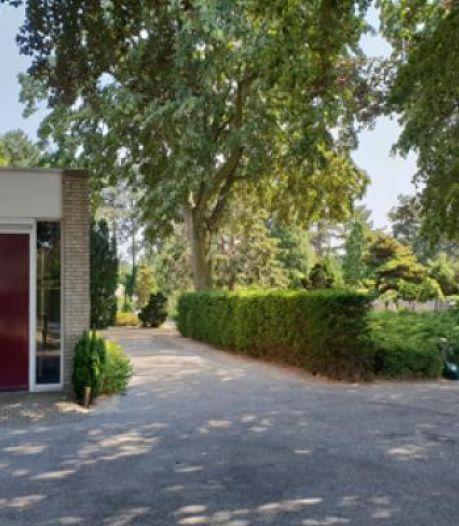 Aula Oostvoorne wordt verbouwd: meer mensen kunnen straks afscheid nemen van dierbare