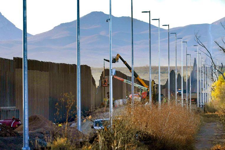 Archiefbeeld van de bouw van de grensmuur. Beeld AP