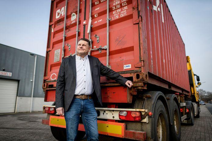 """Robert Slim van Zwanenberg Food Group gaat voor zijn gevoel terug in de tijd met de logistieke regels rond de Brexit. """"Bij de douane wordt het nu veel moeilijker om die grens over te steken. Plat gezegd: de grens is dichtgegaan."""""""