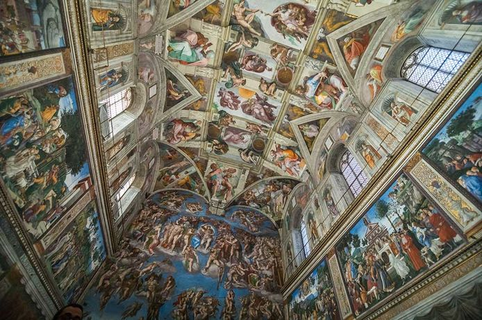 "History and description of the Sistine Chapel located in the Vatican. In the structure there are the famous vault and the fresco of the ""Last Judgment"" painted by Michelangelo Buonarroti."
