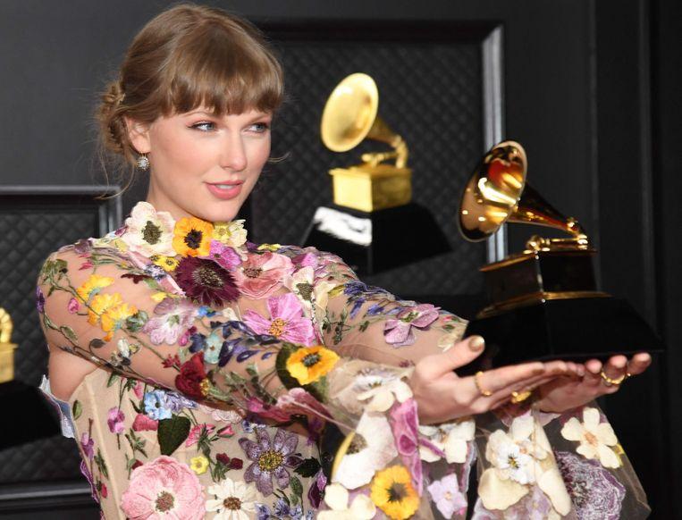 Taylor Swift schoot – al voor de derde keer – de hoofdvogel af. Beeld AFP