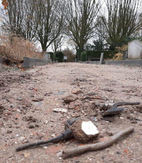 'Onbegrijpelijk dat puin op kerkhof niet wordt gecontroleerd op vervuiling'