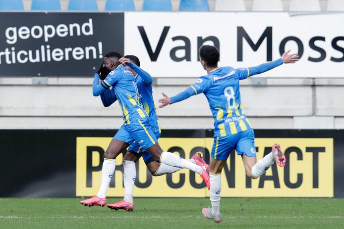 Vreugde bij RKC tijdens de wedstrijd tegen FC Utrecht.