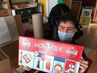 Bram Hendrickx  (Cupido Ofzo) helpt Speelgoedmuseum met verhuis
