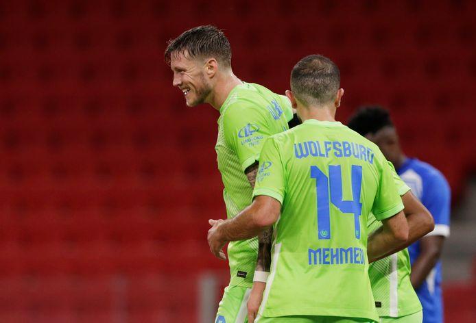 Wout Weghorst (links) kan zomaar een mooie transfer maken naar Engeland.