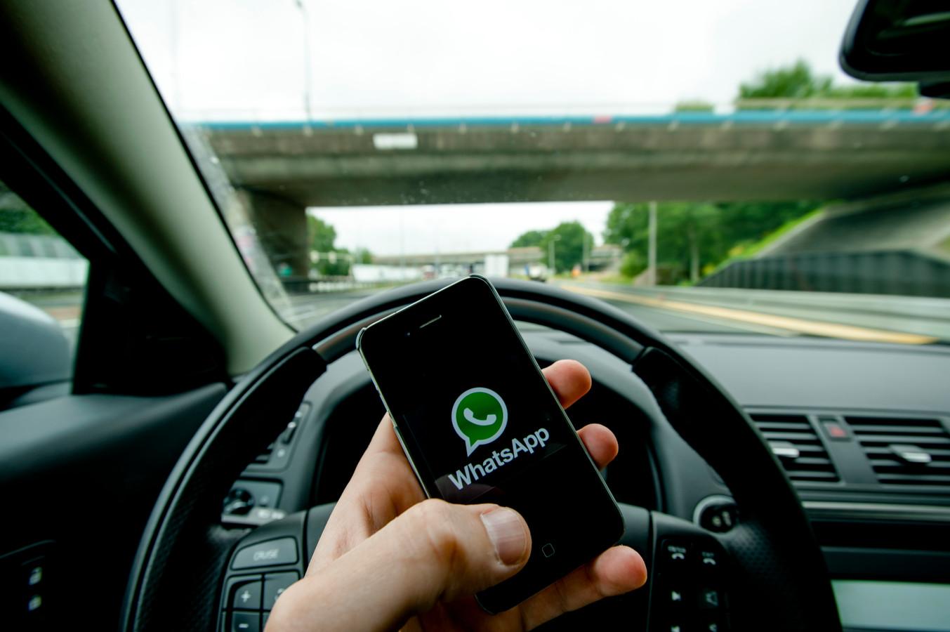 Appen achter het stuur. Foto ter illustratie.
