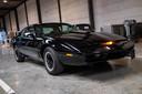 Te koop: exacte replica van Knight Rider... Te koop bij veilinghuis Moyersoens voor 15.000 euro
