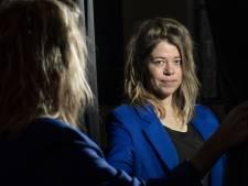 Twentse Karine Roldaan is culturele duizendpoot 'Geen spotlights voor mij, daarvoor heb ik een te extreme faalangst'