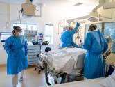 LIVE | Toch versnelde vaccinatie voor ziekenhuispersoneel, uitbraak onder gevaccineerde dementerenden