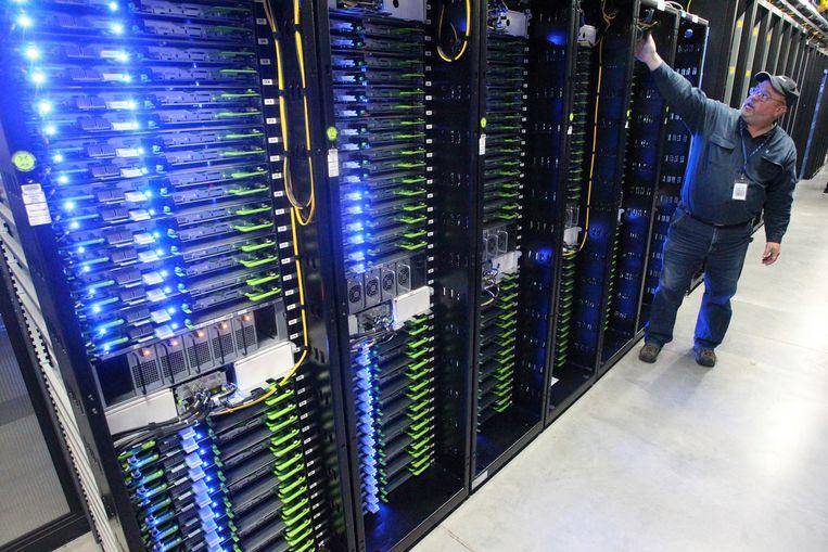 Datacentrum van Facebook in Prineville, Oregon waar foto's en andere gegevens van gebruikers worden opgeslagen. Beeld AP